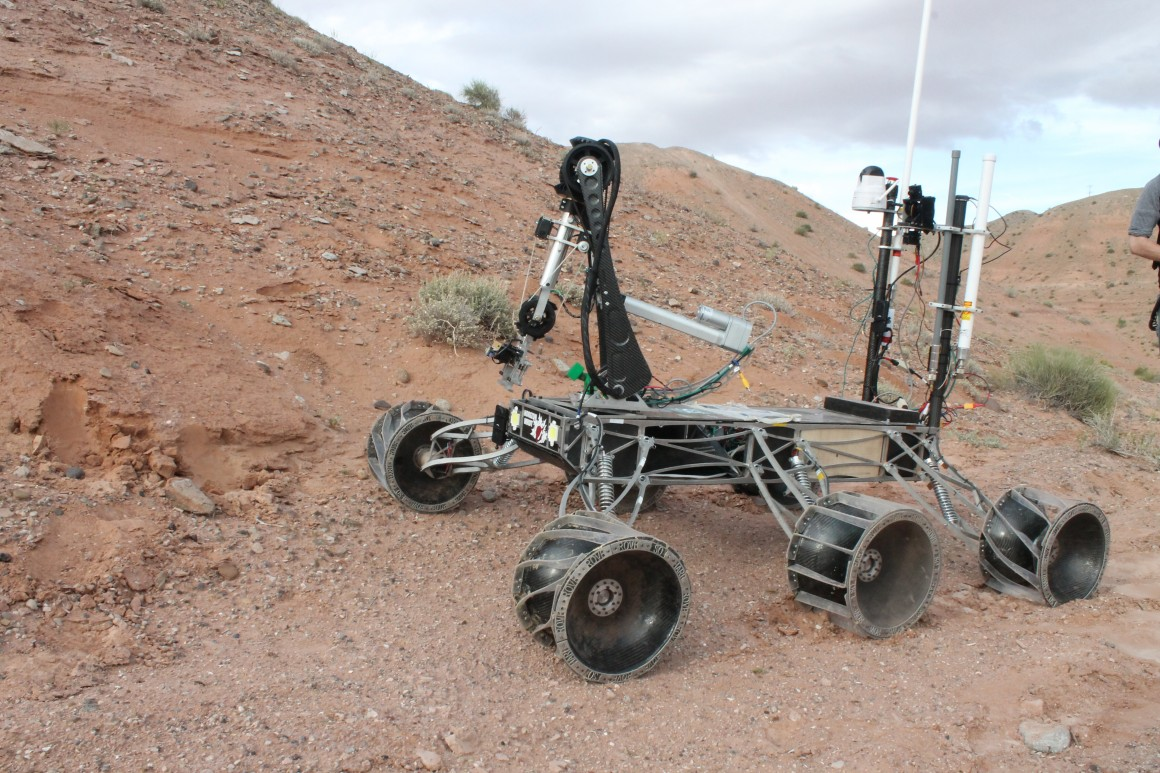 Mars Rover Design Team (Fall 2013 – Current) | James Zandstra